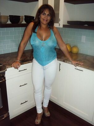 Mature milf boobs